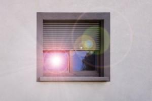 Als Licht- oder Sonnenschutz geeignet